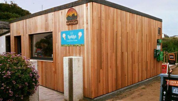 porthcothan-bay-stores-cornwall-shop-outside